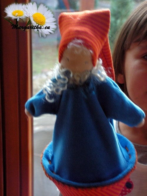 margaritka-pop-up-doll-waldorf-doll-cone-puppet_-_peek-a-boo-kiekeboe-pop-stabfigur_handstabfigur_stockpuppe-0_667