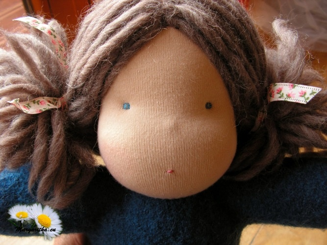 margaritka-waldorf-cuddle-doll-steiner-girl-doll-brown-hair-toddler-waldorfpuppe-kuschelpuppe-weichpuppe-30cm-4_667